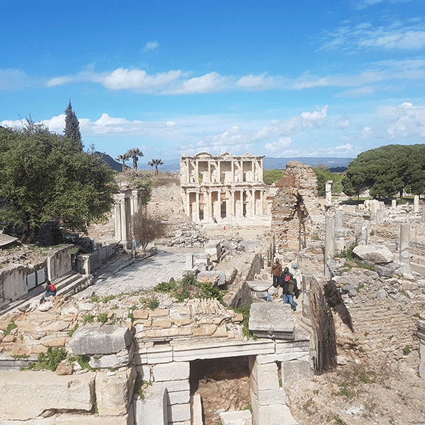Private Tour 5 : Ephesus – Artemis Temple - Sirince Village - Traditional Turkish Lunch